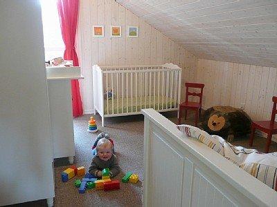Kinderfreundliche Ferienhaus-Ausstattung mit Wickelkommode