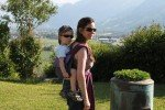 Mit Kind stressfrei reisen ohne Kinderwagen