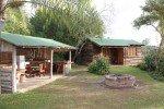 Outdoorküche und wildromantisches Cottage - unsere Unterkunft für zwei Nächte in der Nähe vom Addo Elephant Park © Kerstin