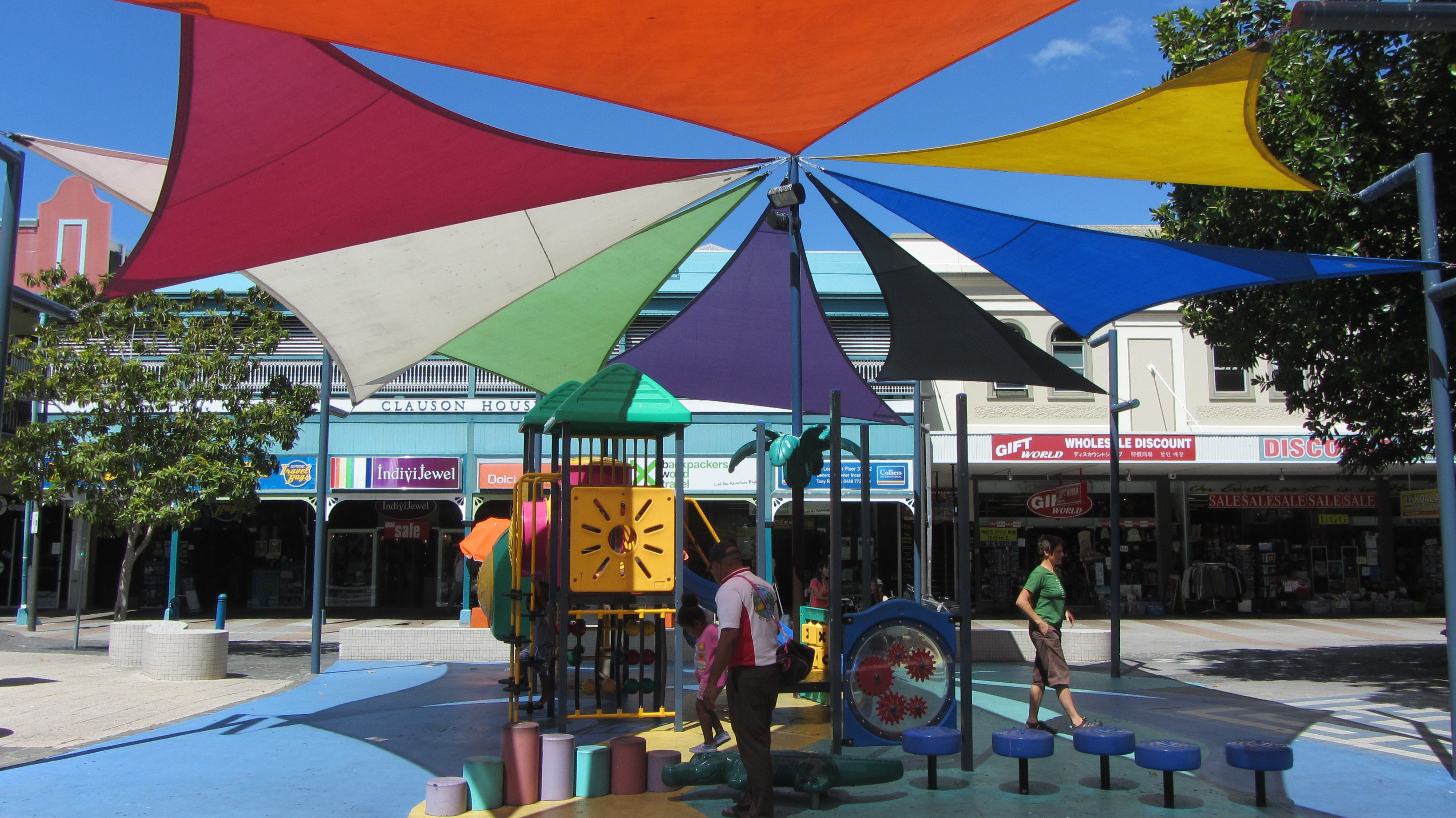 Spielplatz für Kinder in Fußgängerzone in Australien © in-australien.com