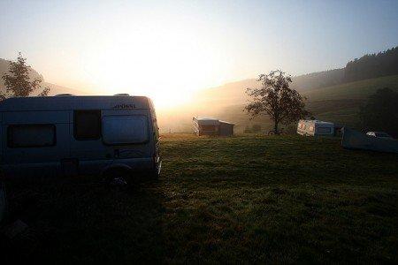 Idyll am Morgen - der perfekte Stellplatz fürs Wohnmobil © FlickR/Reisen aus Leidenschaft
