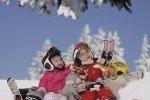 Im Zwergerlskikurs lernen schon die Kleinsten ihre ersten Schwünge © Kinderhotel Oberjoch