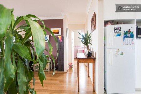 Hinweis im Bild: Hier wohnt eine Familie! © AirBnB.com
