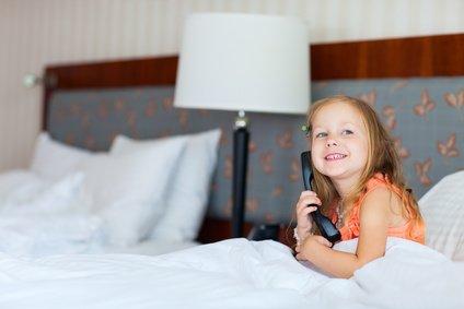 Zimmerservice! Der kann viel für Familien tun