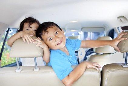 Im Mietwagen unterwegs mit Kindern - hoffentlich richtig angeschnallt!?