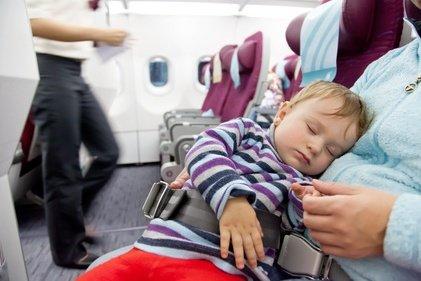 Der Traum aller Eltern: ein selig schlummerndes Baby