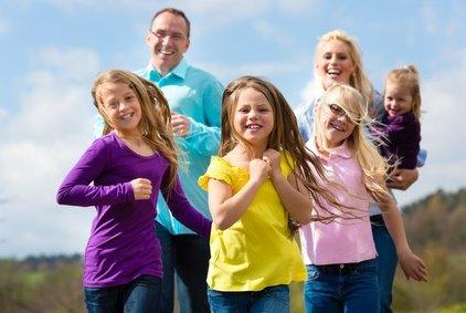 Bezahlbare Ferien für alle Familien - das bieten Ferienstätten © Kzenon - Fotolia.com