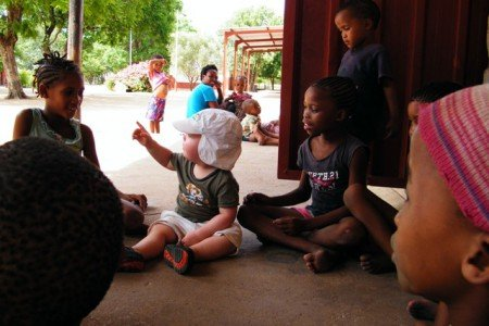 Bei den San in Namibia