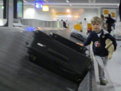 Nur unter Aufsicht dürfen Kinder mit anpacken