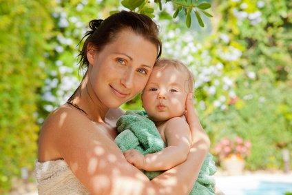 Besonders Eltern mit Babys finden im Urlaub schwer Erholung © detailblick - Fotolia.com