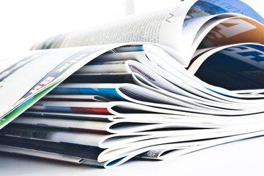 Kataloge wälzen war gestern - aber online buchen ist sicher nicht die Zukunft © naftizin - Fotolia.com