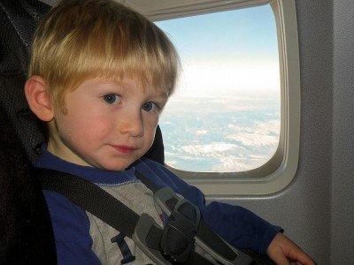 Im Flugzeug gut gesichert © Flickr/dolanh