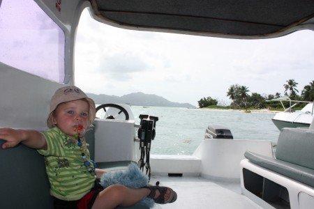 Am besten kommt man per Boot von Insel zu Insel