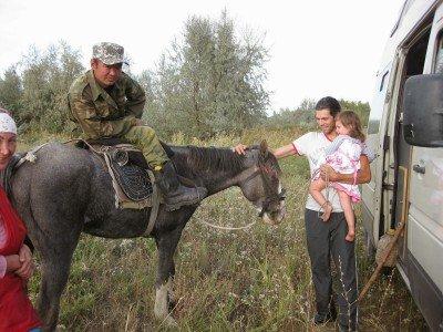 Hoch zu Ross: ganz normal in Zentralasien