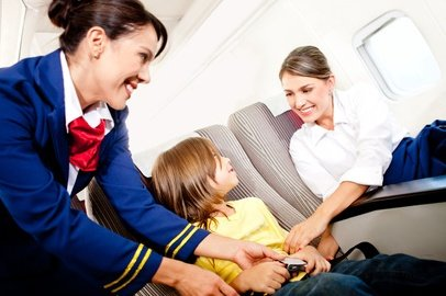 Sichere Sitzplätze für Kinder und Babys - im Flugzeug immer noch nicht selbstverständlich © Andres Rodriguez - Fotolia.com