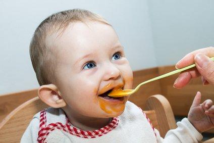Leckeren Babybrei könnt ihr auch im Urlaub selbst kochen © ManEtli - Fotolia.com