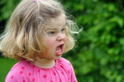 Fühlen sich Kinder nicht wohl, kann das die Urlaubsstimmung ruinieren