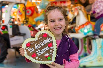 Ab auf die Wiesn mit der ganzen Familie! © Gina Sanders - Fotolia.com