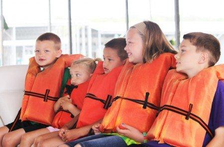 Reisen mit vielen Kindern - Sicherheit geht vor!