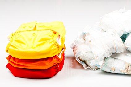 Stoffwindeln nehmen mehr Platz weg als Wegwerfwindeln - aber nicht im Müll! © kasjato - Fotolia.com