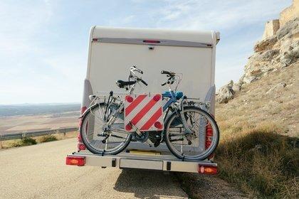 Auch bei Wohnmobilreisen sind Fahrräder eine optimale Ergänzung © Maria Vazquez - Fotolia.com