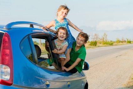 Reisen mit Kindern kann ganz einfach sein, wenn man ein paar Tricks beherrscht © alena yakusheva - Fotolia.com