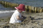 Kind am Strand © Ostsee-Kinder-Land