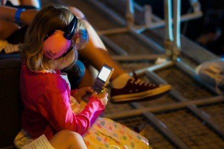 Kinder mit Medien ruhigstellen - muss das sein? © Pixabay