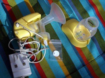 Ziemlich viel Ausrüstung für einen Flug ohne Baby
