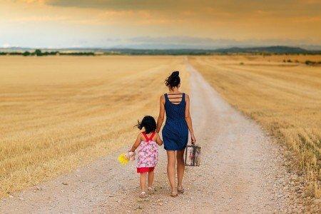 Allein reisen mit Kind - traut ihr euch? © Pixabay