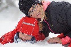 Gemeinsam Freude haben, das ist auch im Skiurlaub mit Kindern das Wichtigste