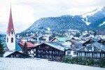 Schneereiche Aussicht auf die Olympia Region © Hotel Tyrol Alpenhof