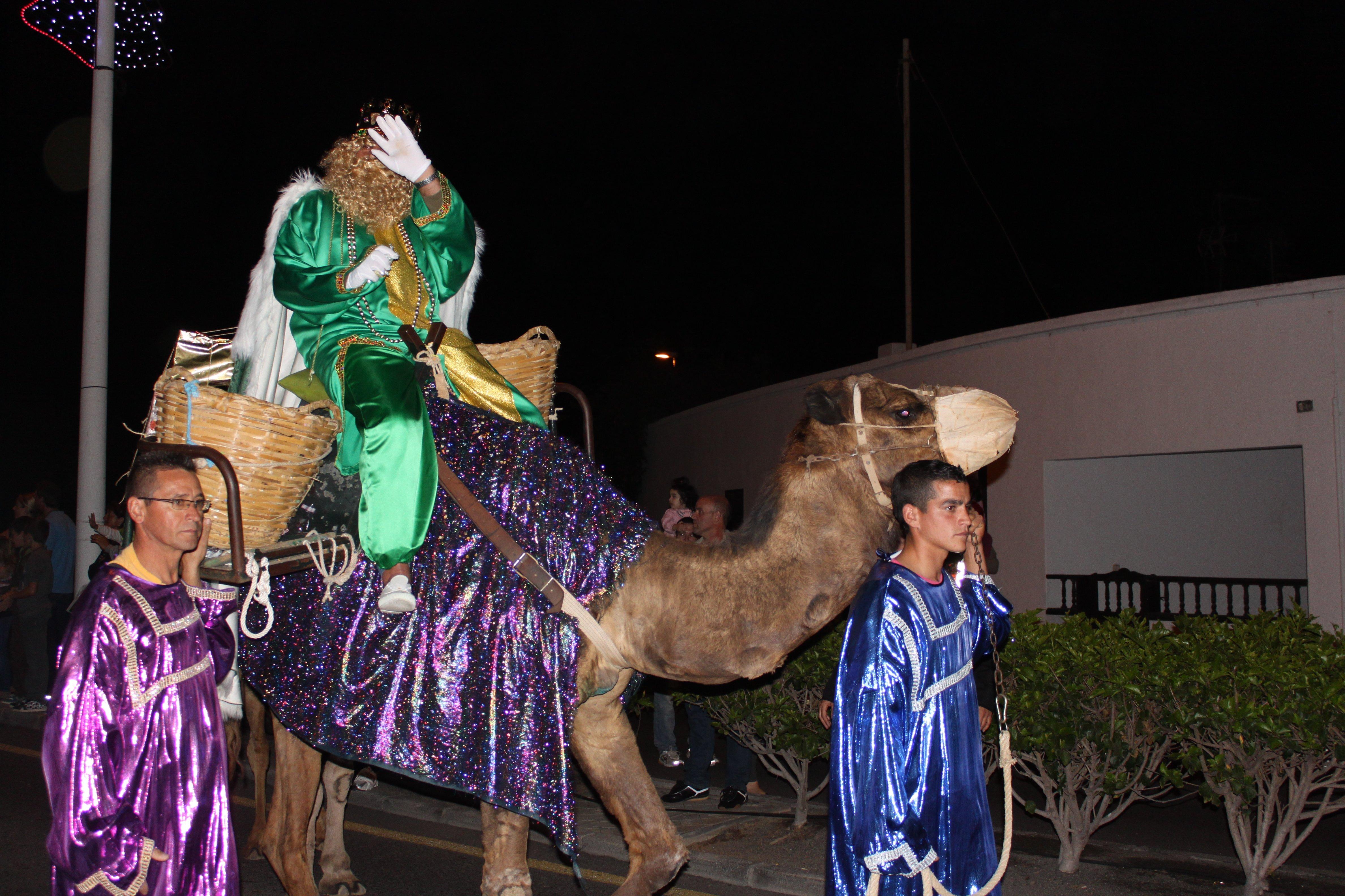 Heilige 3 Könige auf Kamel © KidsAway