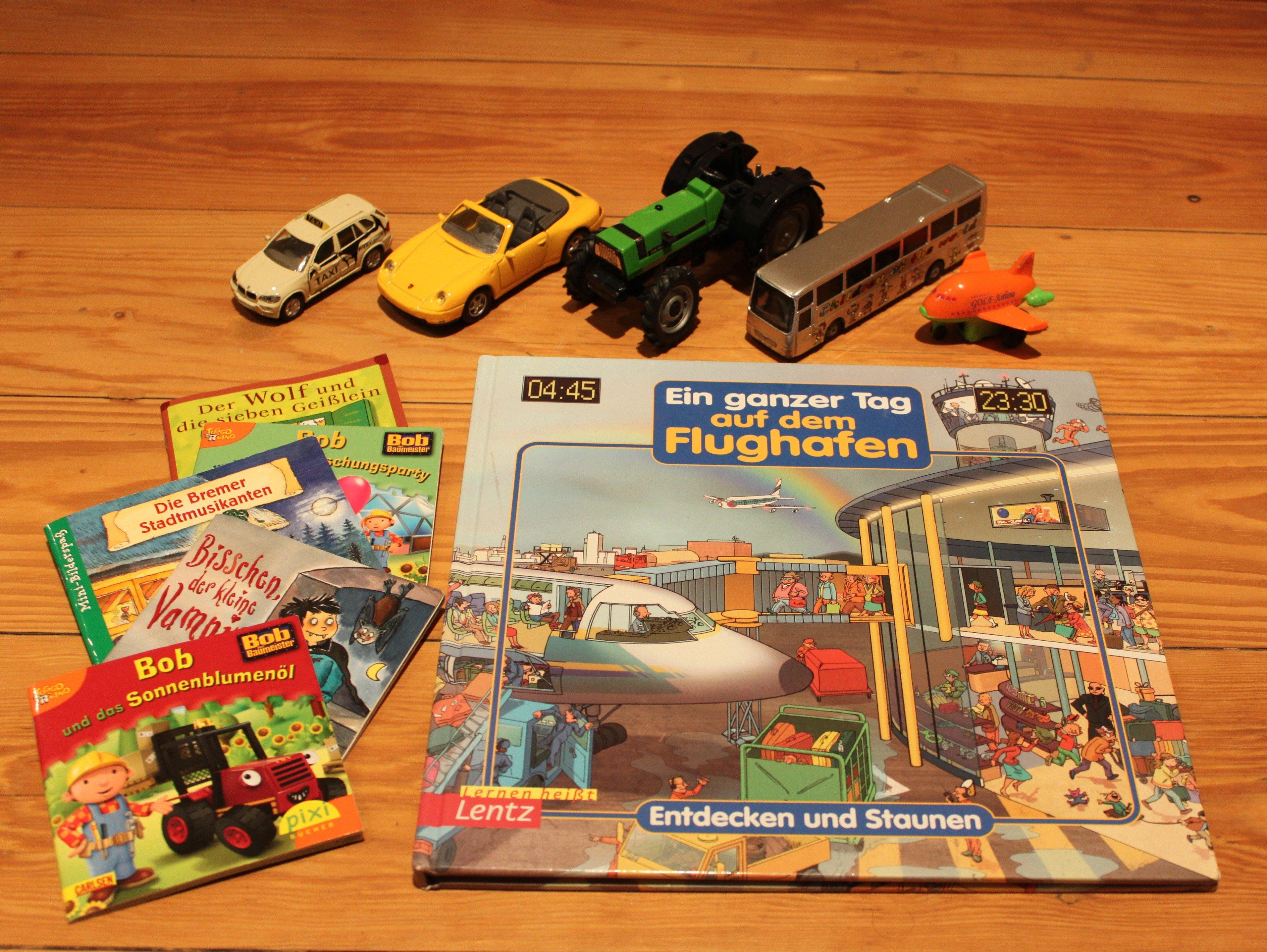 Kinderspielzeug auf Reisen- eine Auswahl