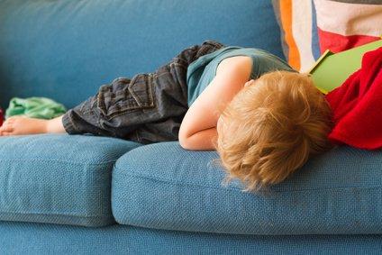 Jetlag kann Kinder und Erwachsene ermüden © Polynice/Fotolia.com