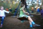 Schneller, schneller... im Kettenkarussell © Jenny