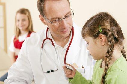 Im Urlaub mit Kind zum Arzt