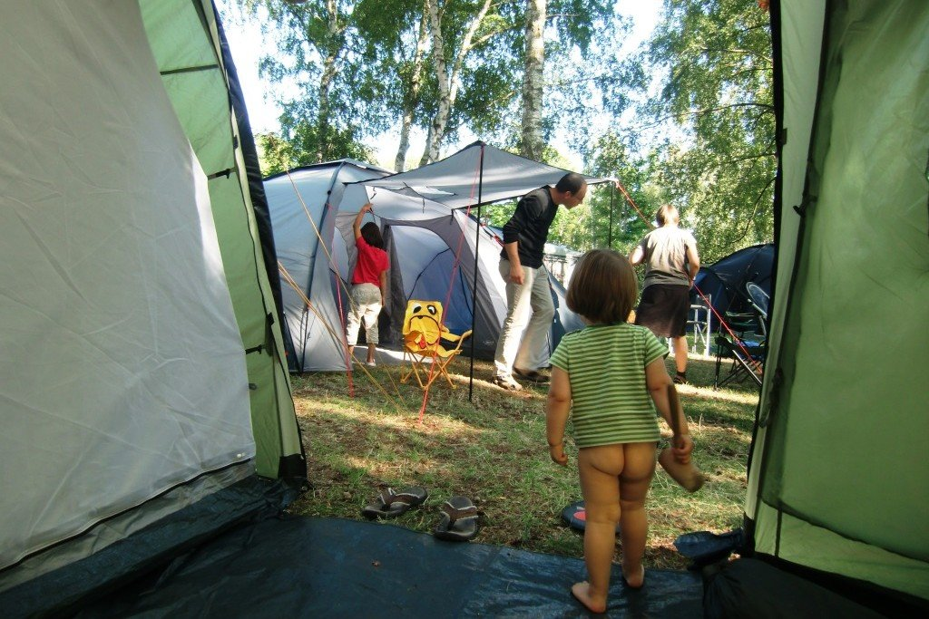 Zelt steht!