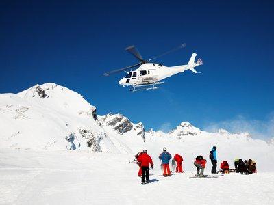 Ein Unfall auf der Skipiste kann teuer werden © rcaucino - Fotolia.com