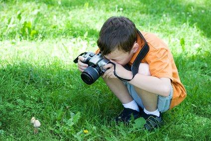 Eine Kamera nur für das Kind ist nicht unbedingt nötig © Olga Lyubkin - Fotolia.com