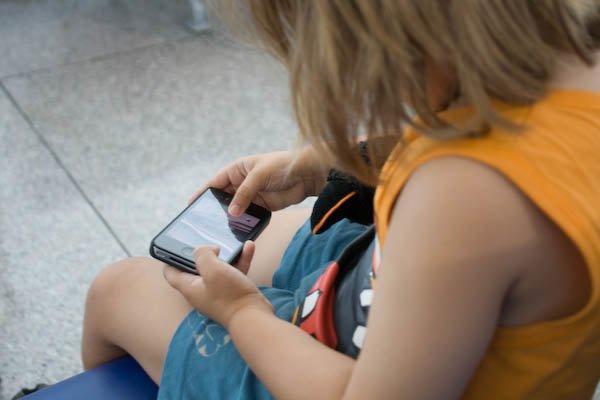 Smartphones und Kinder - das passt im Urlaub gut zusammen