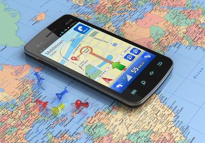 Mit GPS lotst euch das Smartphone durch jedes Land © Scanrail - Fotolia.com