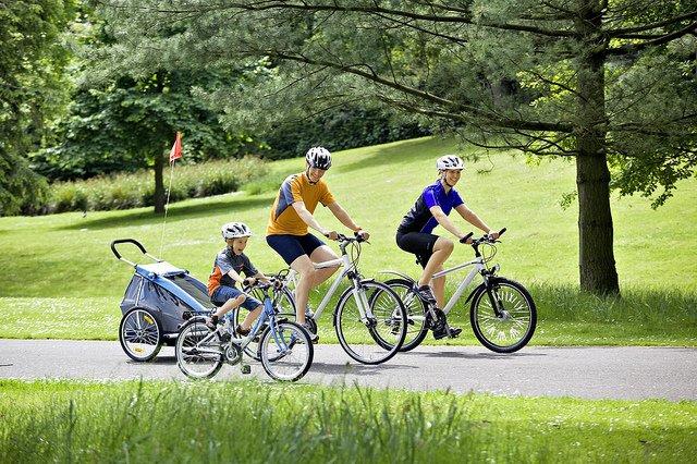 Unterwegs auf dem Rad - eine gute Alternative für Familien! © FlickR/European Cyclists Association, Pressedienst Fahrrad
