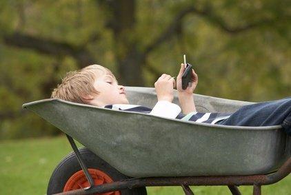Auch Kinder sollen sich im Urlaub erholen © micromonkey - Fotolia.com