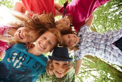 Die ganze Familie zusammen - das tut auch Teenagern gut © Christian Schwier - Fotolia.com