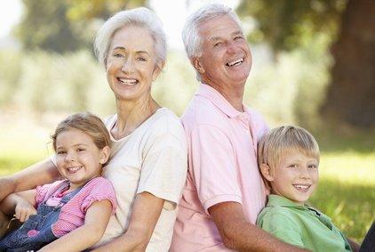 Großeltern sind oft wenig begeistert, wenn Eltern große Reisepläne haben © Monkey Business - Fotolia.com