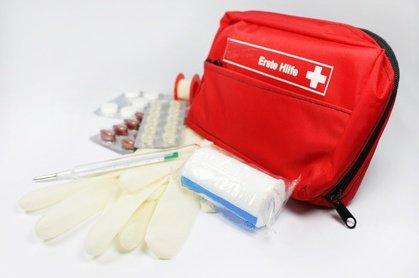 Gehören Beruhigungsmittel in die Reiseapotheke? © liveostockimages - Fotolia.com