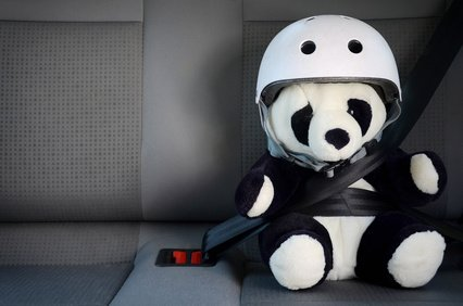 Sicherheit im Mietauto - nur mit passendem Kindersitz! © S. Kobold - fotolia.com