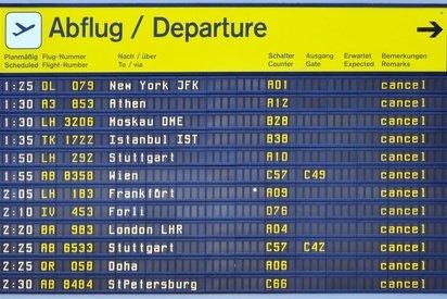 Wenn Flüge annuliert werden, haben Passagiere Rechte © schaltwerk - Fotolia.com