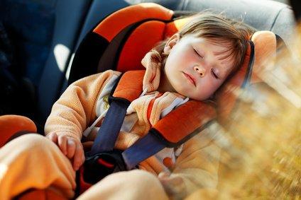 Die Kinder schlafen - gute Fahrt! © aleksey ipatov - Fotolia.com